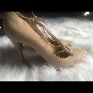 New Charles David heels size 9.5